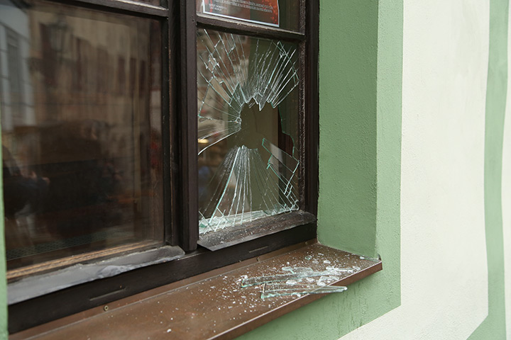 A2B Glass are able to board up broken windows while they are being repaired in Glasgow.